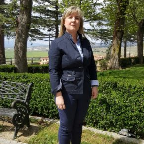 Julia Martín propone trabajar en prevención de la violencia de género desde el Consejo Municipal de Menores