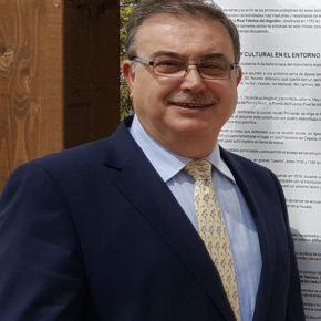 Pedro Cabrero pide al Ayuntamiento que sustituya las farolas antiguas de la calle Vereda del Esquileo por otras eficientes