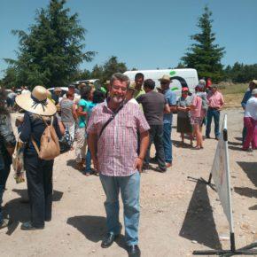 Alberto Becerril muestra su apoyo a los productores de la IGP Carne de Ávila y a los ganaderos trashumantes