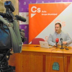 Ciudadanos pide que se habiliten solares urbanos como zonas de aparcamiento en Ávila