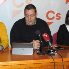 """Marco Antonio Serrano: """"No hay superávit municipal si tenemos deudas por facturas y horas extras atrasadas por importe de 1,6 millones"""""""