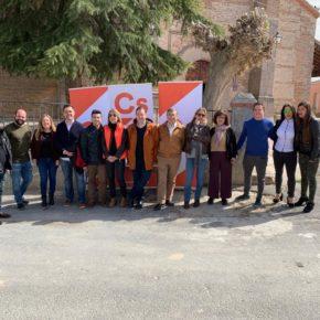 Varios miembros del Comité Provincial de Ciudadanos en Ávila arropan a Yolanda Márquez Jiménez en Flores de Ávila