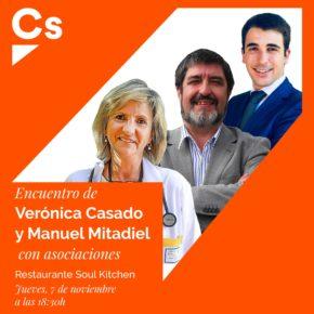 Encuentro de Verónica Casado y Manuel Mitadiel con asociaciones de Ávila